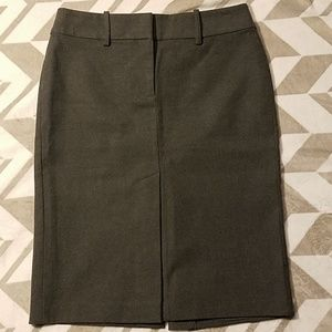 Express Stretch Gray Lined Skirt Sz 3/4
